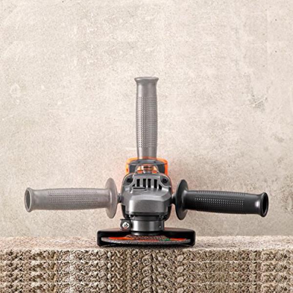Аккумуляторная угловая шлифмашина BLACK+DECKER BCG720M1
